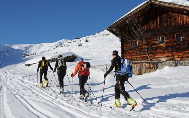 skitour-winter.jpg