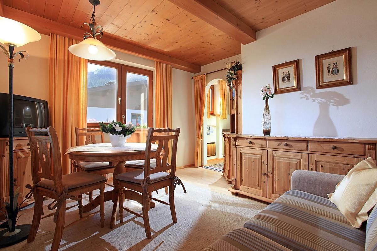 Ferienwohnung In Brixen Im Thale Landhaus Bachler